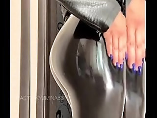 latex|milfporn.sexy